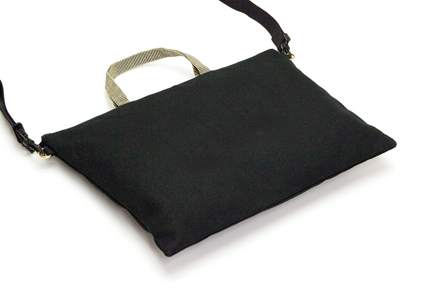 松屋町 帆布<うまくいく紋・LOGO・黒>(ショルダーストラップ付き/プラスチック素材)
