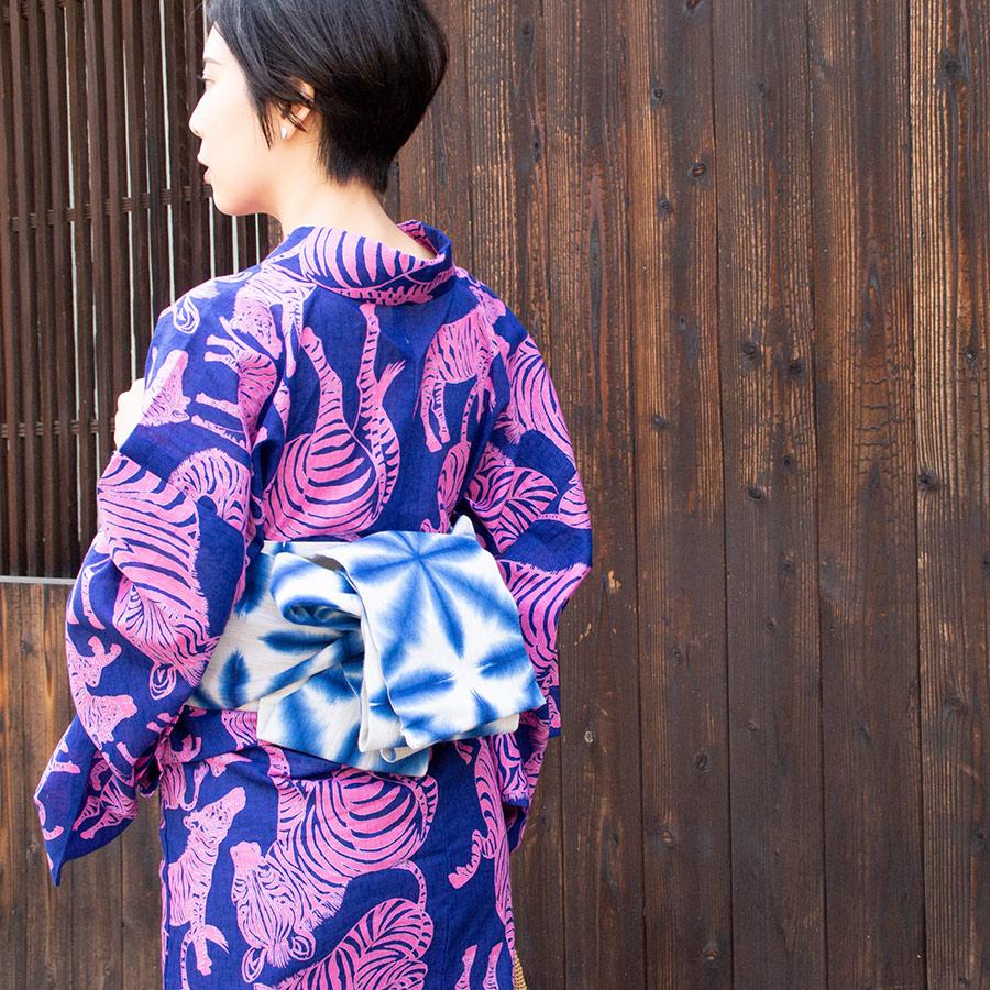 夏きもの・ゆかた <うまくいく紋・紺ピンク>