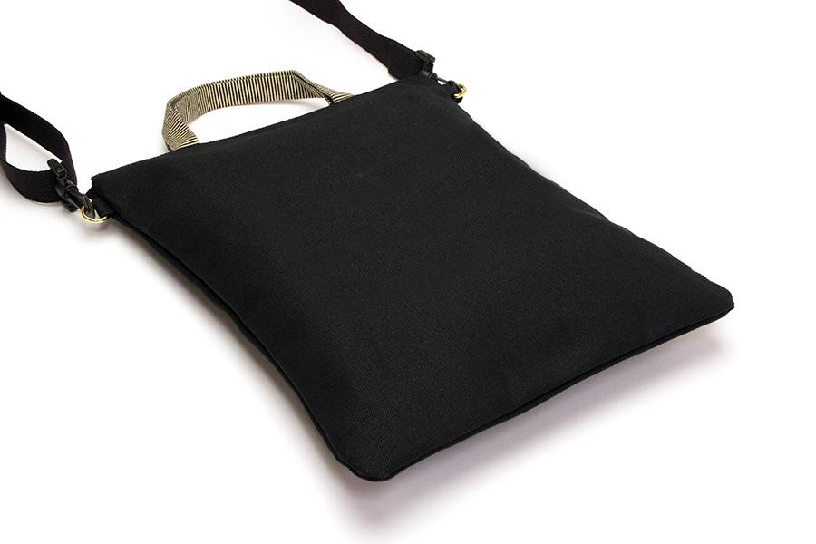 谷町 帆布<うまくいく紋・LOGO・黒>(ショルダーストラップ付き/プラスチック素材)