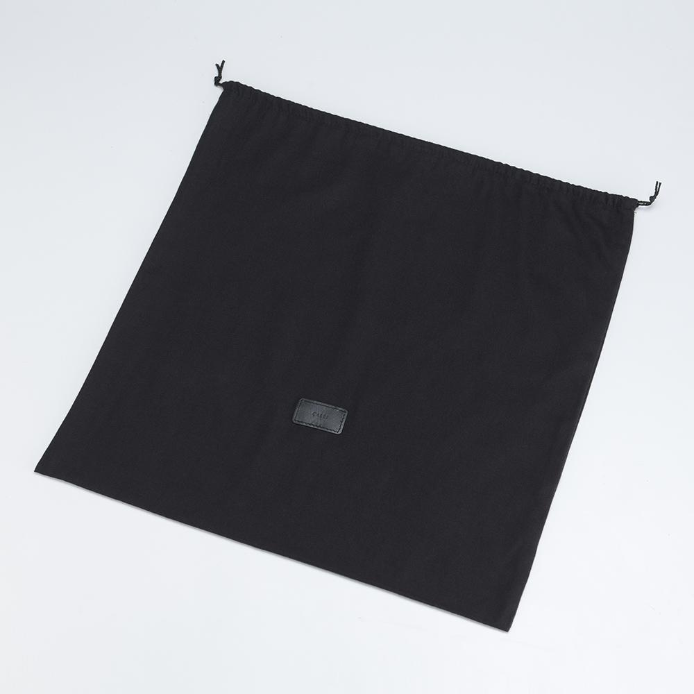 スクエア ショルダー バッグ - ブラック