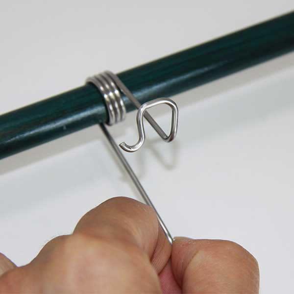 獣害対策 電気柵 グラスファイバーポール用ピッククリップ 8型  100個セット
