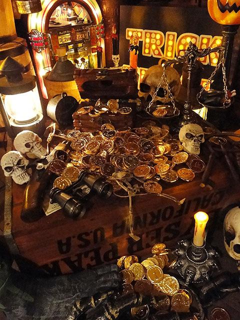 カリブ海の海賊の金貨 袋にどっさりセット