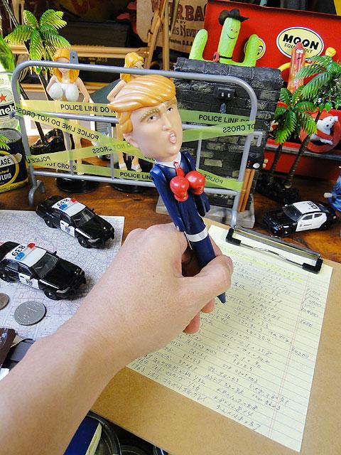 トランプ大統領のパンチングペン(トーキング機能付き)