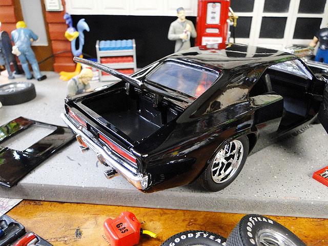 Jada 映画「ワイルドスピード」のダイキャストモデルカー 1/24スケール(ドム/ダッジ・チャージャーR/T1970ブラック)