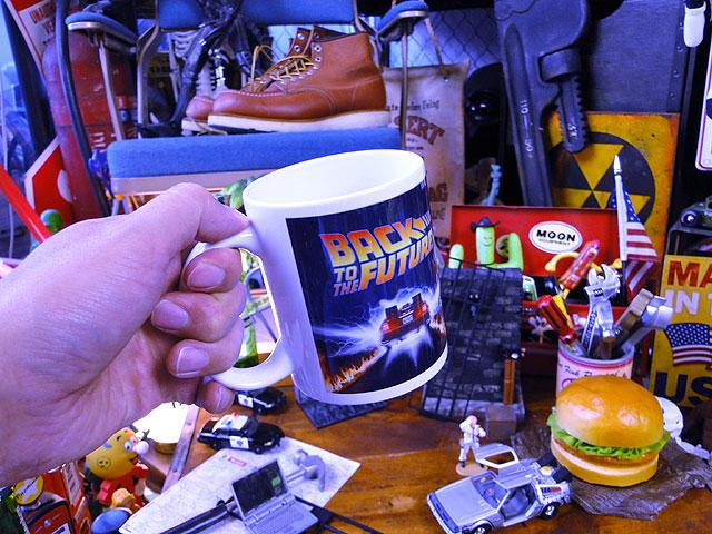 映画「バック・トゥ・ザ・フュチャー」デロリアンのオフィシャルマグカップ