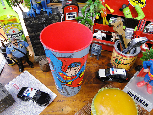アメリカンヒーローのパーティーカップ(スーパーマン)