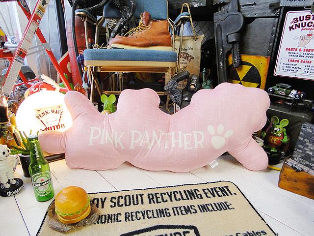 ピンクパンサーのダイカットクッション(スリーピング)