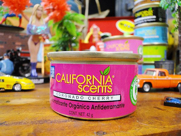カリフォルニアセンツスピルプルーフオーガニック車用芳香剤(コロネードチェリー)