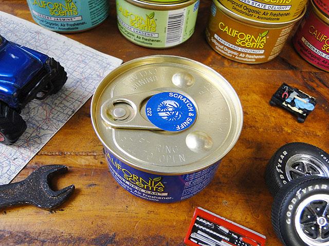 カリフォルニアセンツスピルプルーフオーガニック車用芳香剤(ニューポートニューカー)
