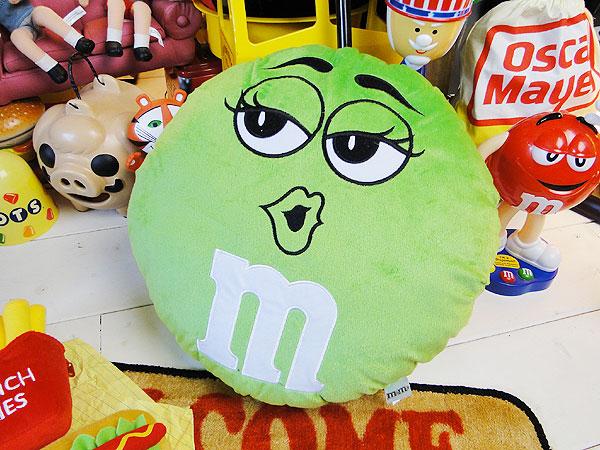 m&m'sのクッション(グリーン)