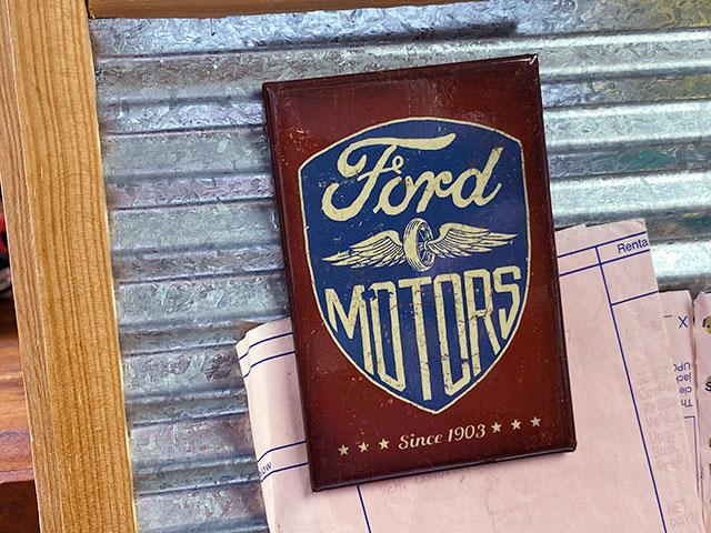 モーター&ガレージ系のマグネットシート(フォードモーター Since 1903)