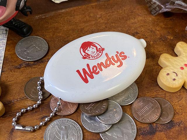 ウェンディーズのラバーコインケース(ホワイト)