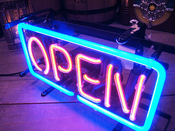 オープンのネオン管(Sサイズ)
