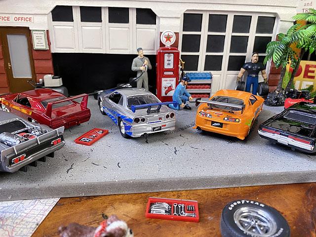 Jada 映画「ワイルドスピード」のダイキャストミニカー6台セット 1/32スケール(W2)チャージャーR/T、デイトナ、アイスチャージャー、R34、スープラ、ライカン