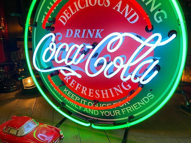 コカ・コーラのオフィシャルネオンサイン(ラウンド)