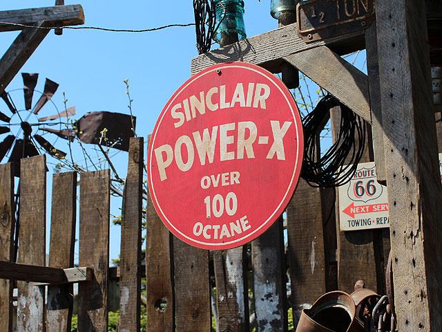 アメリカンガレージのウッドサイン シリーズ第三弾(シンクレア/POWER-X)