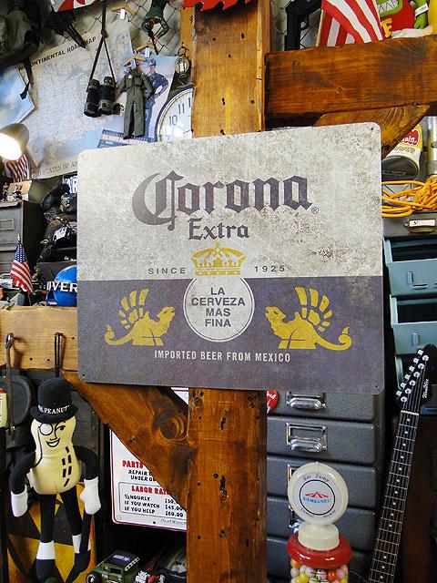 コロナビールのブリキ看板(ボトルラベル/ヴィンテージ)