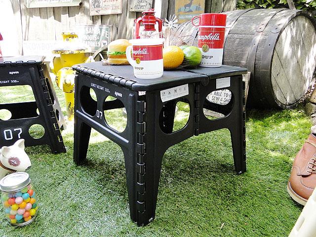 フォルディング・テーブル(ブラック)