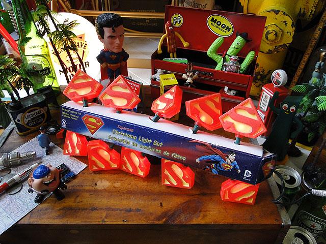 スーパーマンの10連パーティーライト