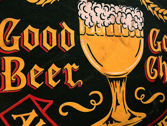 グッドビアー&グッドチアーの木製看板