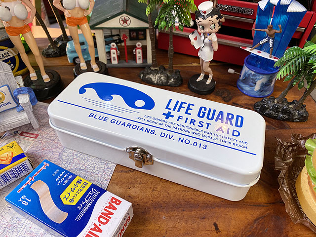 ライフガードのファーストエイドボックス 救急箱(Sサイズ)