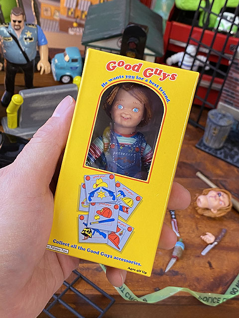 NECA 映画「チャイルドプレイ」チャッキー人形のアルティメイト・アクションフィギュア