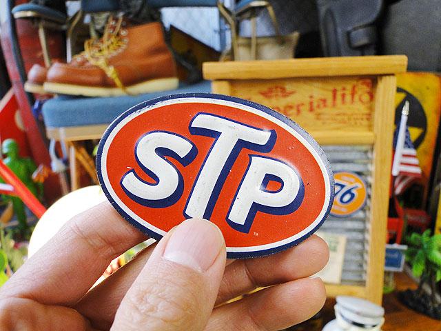 STPのエンボスマグネット