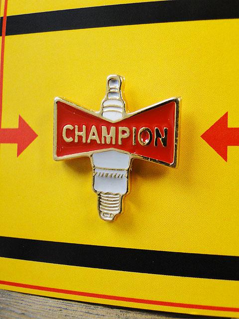 チャンピオンのピンバッジ