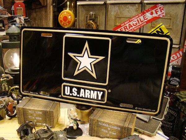 U.S.アーミーのライセンスプレート(現行ロゴ)