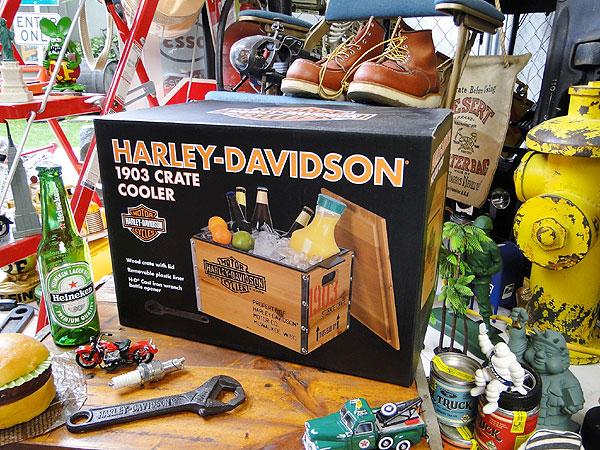 ハーレーダビッドソンのウッドクレートクーラー