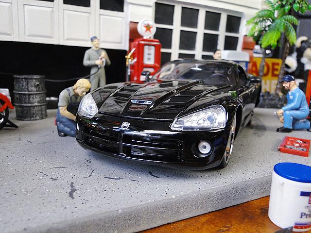 Jada 映画「ワイルドスピード」のダイキャストモデルカー 1/24スケール(レティ/2008年式ダッジ・ヴァイパーSRT10)