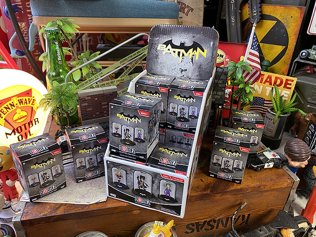 Domez ドーミーズ・コレクタブルフィギュア バットマン コレクション 1ボックス/16個入(ランダムアソート)