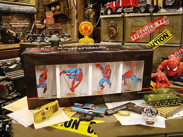スパイダーマンのタンブラー4本セット