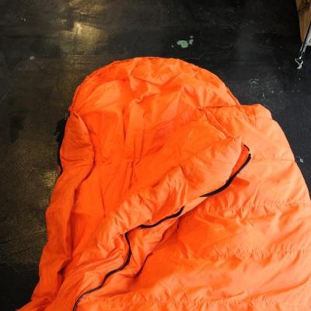 【数量限定特別価格】US(米軍放出品)Arctic Survival Sleeping Bag [中古 未使用品][アークティックサバイバルスリーピングバッグ]【送料無料】