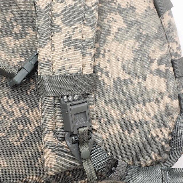 US(米軍放出品)MOLLE II Medic Bag Universal Camo [ACU][医療救急バックパック][メディカルバッグ]