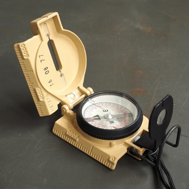 MILITARY(ミリタリー)米軍 CAMMENGA レンザティックコンパス Model27 [Tan][蓄光][MOLLE対応ポーチ付き]
