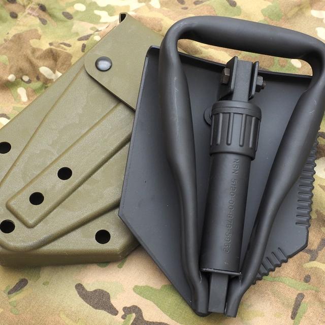 US(米軍放出品)三つ折りシャベル プラスティックケース付き [E-Tool][フォールディングショベル]
