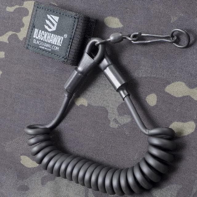 BLACKHAWK(ブラックホーク)Pistol Lanyard with Swivel [Black][ピストルランヤード]