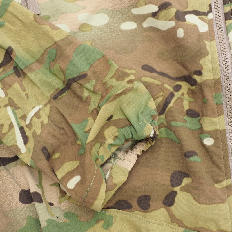 US(米軍放出品)ECWCS GEN III Level 4 Windshirt MultiCam【送料無料】