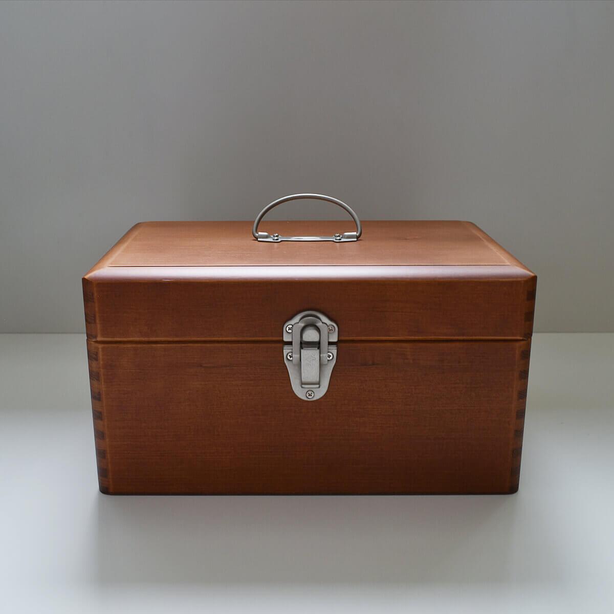ツガの救急箱