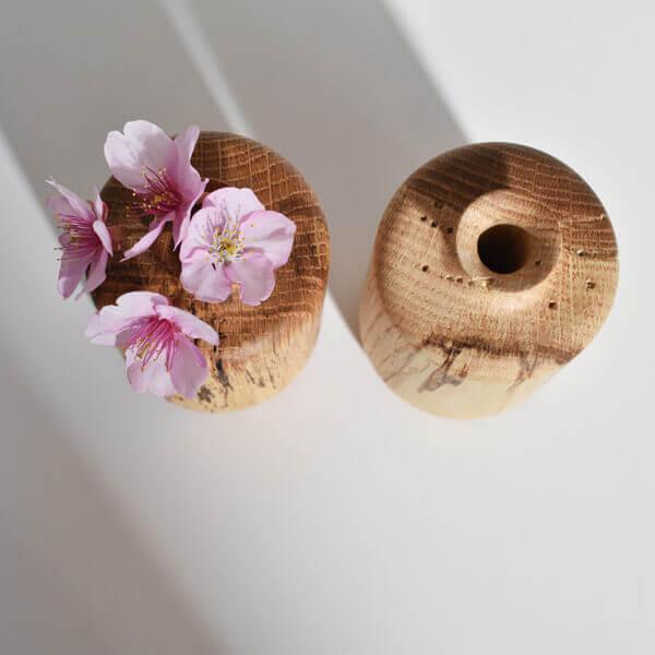 虫喰いの花器