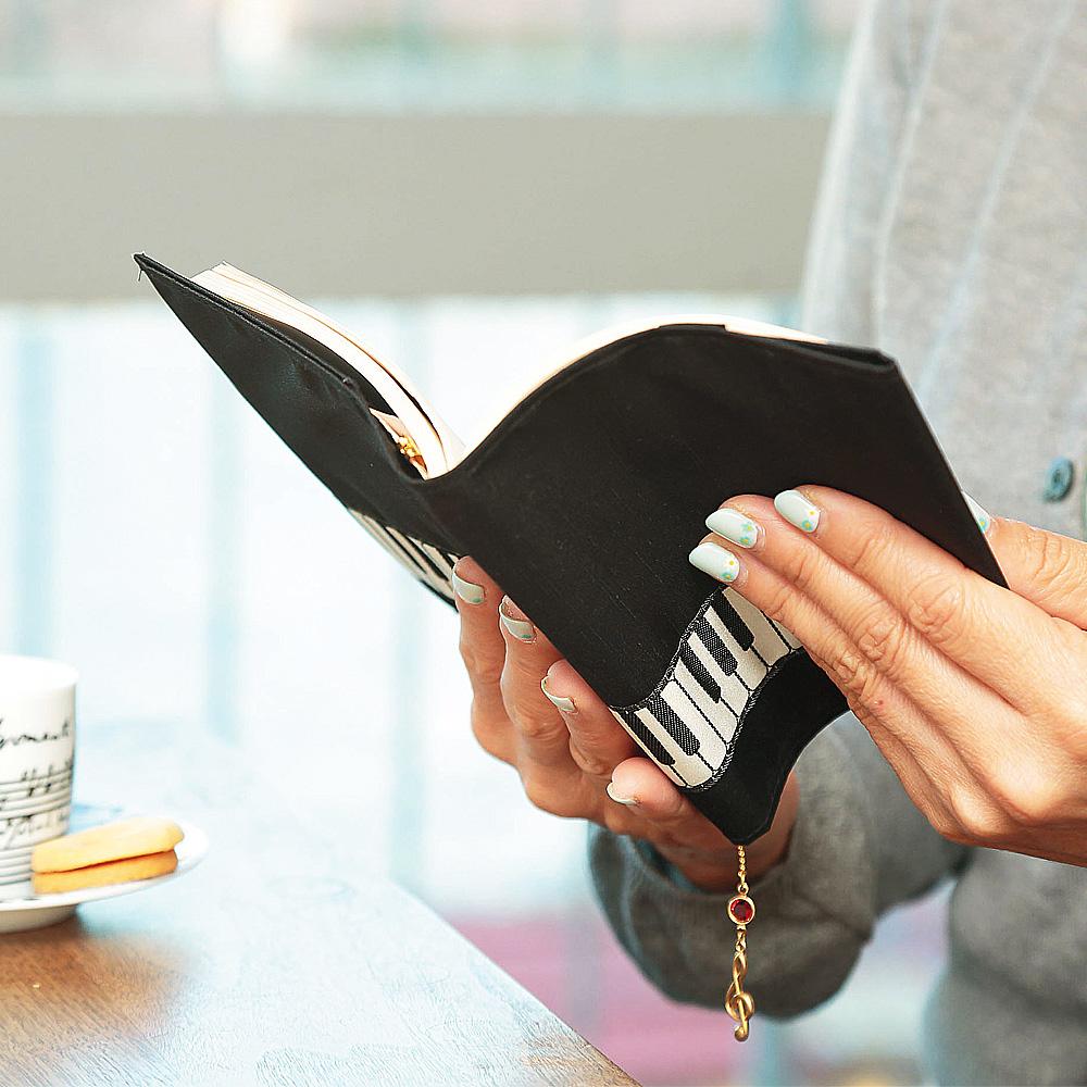 ブックカバー 織リボン 鍵盤