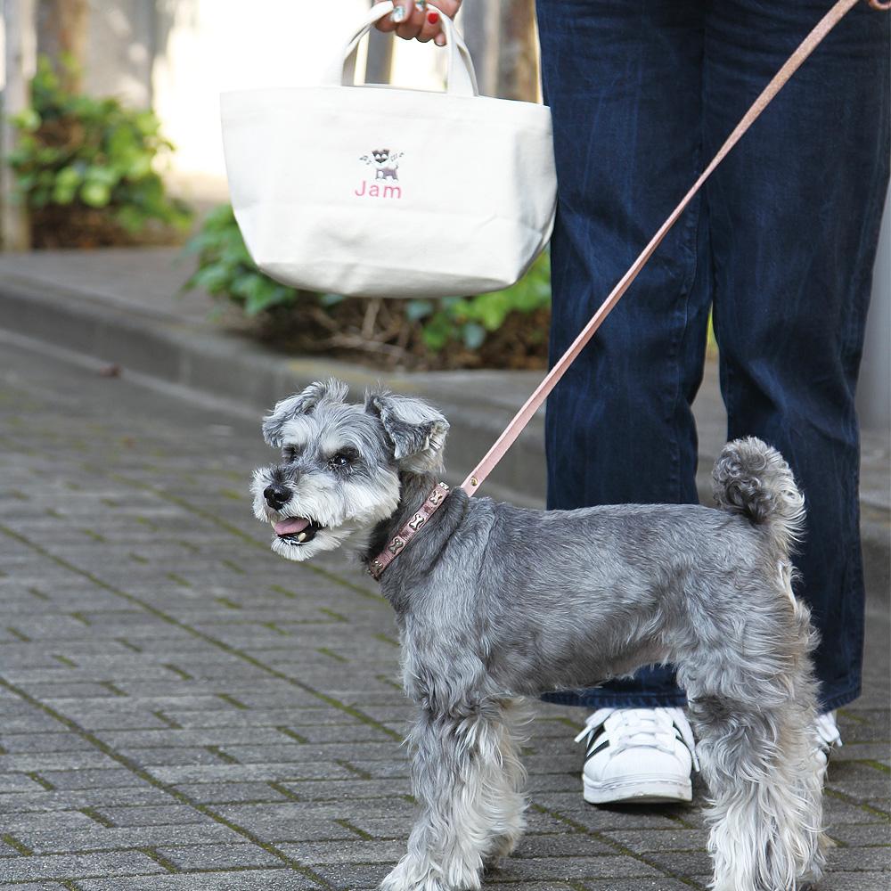 おさんぽトートバッグ+イニシャルマーク入り<愛犬の名前+飼い主さんのイニシャルを刺繍で入れられます>