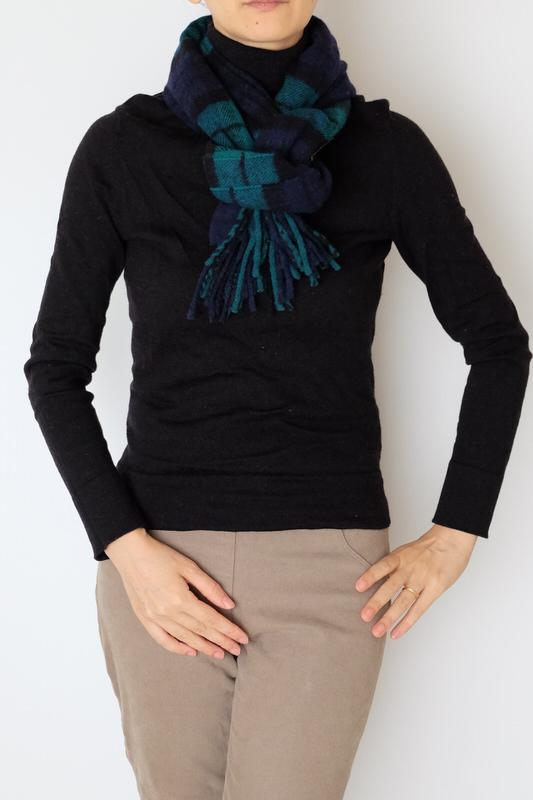 マフラー【チェック・ネイビーグリーン】ウール混・イタリアの女性用マフラー 32cm幅*184cm/冬の防寒・通勤通学におすすめ