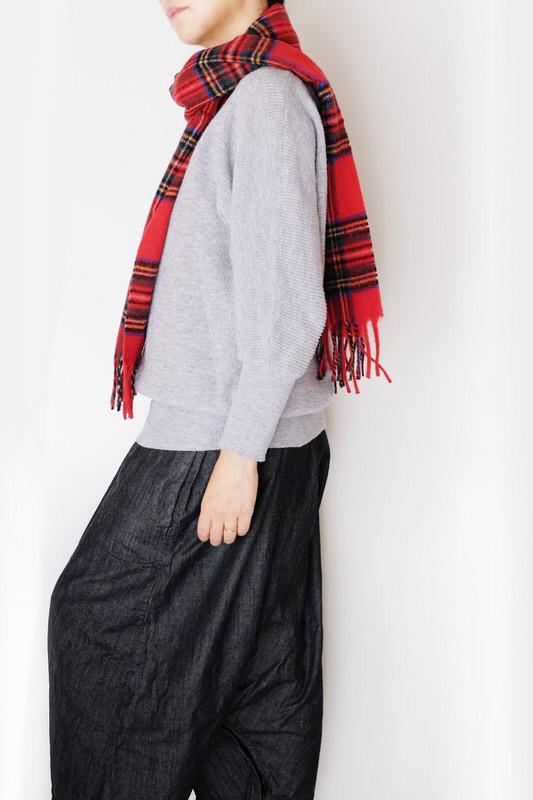 マフラー【チェック・レッド】ウール混・イタリアの女性用マフラー 32cm幅*170cm/冬の防寒・通勤通学におすすめ