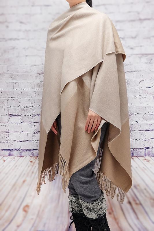 ポンチョ ショール【ブロック・ベージュ】軽くて柔らか上質アクリル100%・羽織れる&室内で着る毛布になル イタリア製大判ストール 145*170cm/春,秋冬ポンチョ