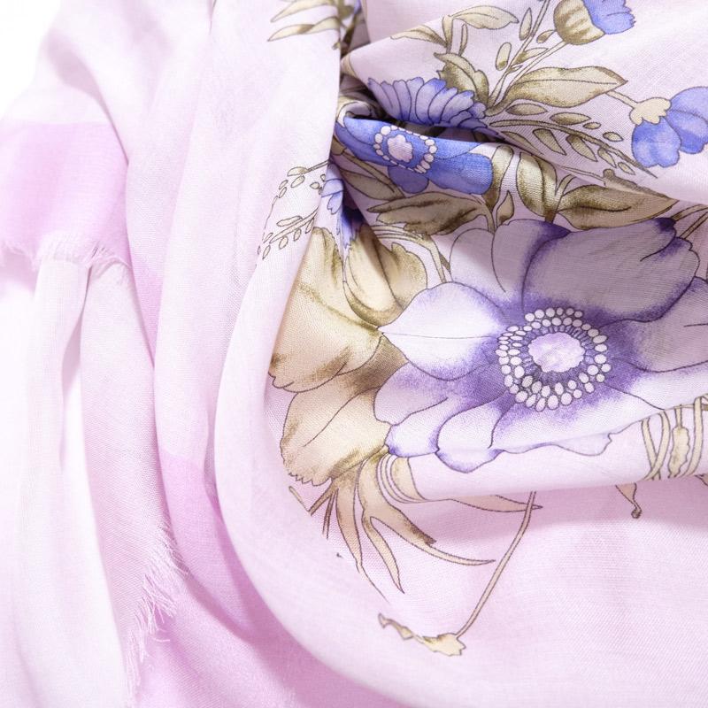 大判ストール レディース 春夏物 薄手【フラワーブーケ ピンク色】羽織れる 母の日ギフトにおすすめ シルクスカーフ四角形 イタリア製120cmスクエア