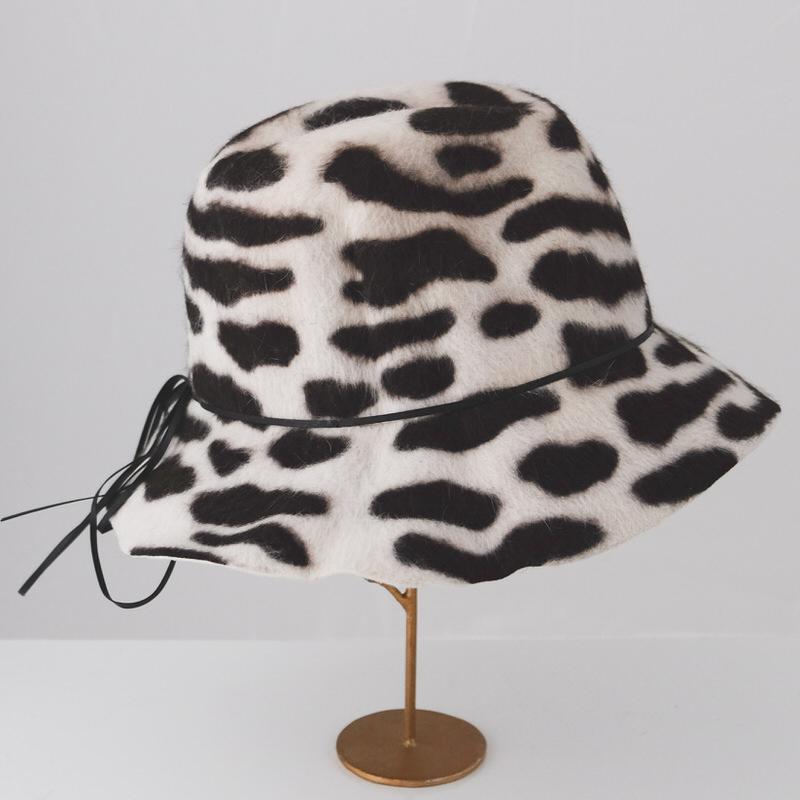 秋冬帽子【展示品SALE】やわらか Lapin ファーハット【ダルメシアン柄】イタリア製 女性向け 頭周り55cm【S】