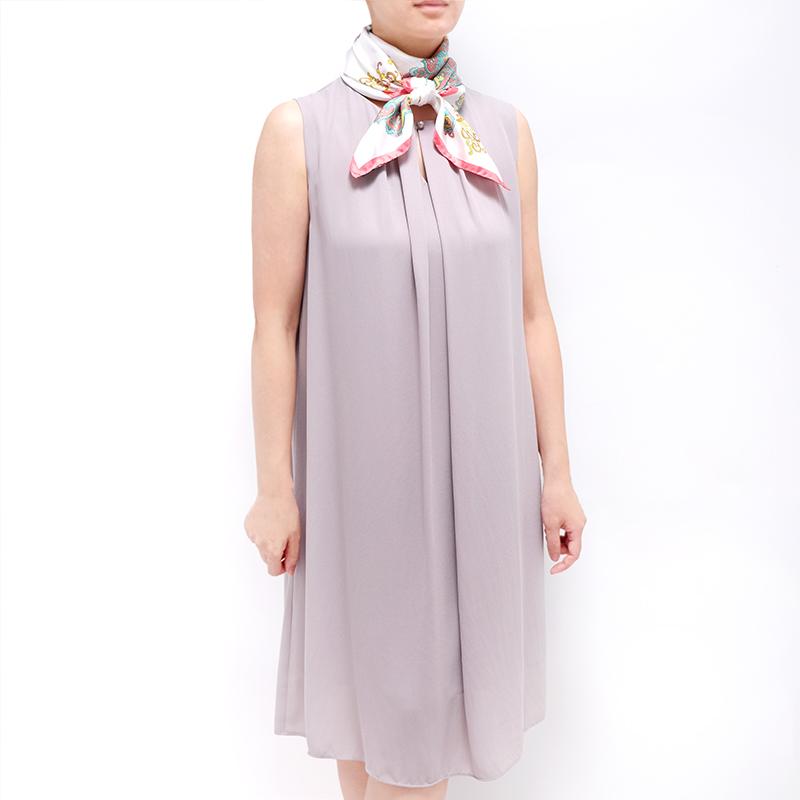 スカーフ【ピンク・アラベスク】88cm正方形/イタリア製 春夏スカーフ・1年中使える正統派シルクツイル