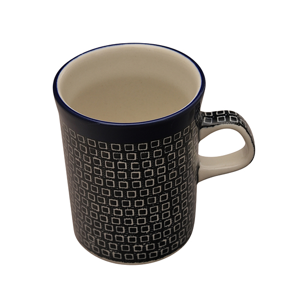 プティパヴェブラック マグカップ(0.25L)